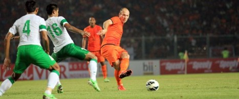 gol-belanda-menjebol-gawang-indonesia