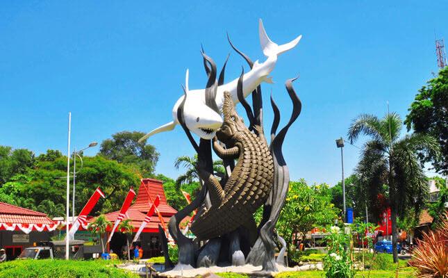 Monumen-Suro-dan-Boyo-Tempat-Wisata-di-Surabaya